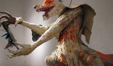 Raíces indígenas de David Manzanares modelan su expresión escultórica