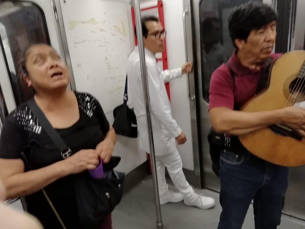 Historias en el metro - Ojos que no ven, corazón que siente