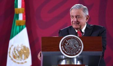 Hay abasto suficiente y no faltarán medicamentos para niñas y niños con cáncer, afirma presidente López Obrador