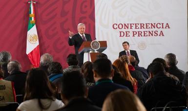 Todo lo que hagamos por educación, empleo y salud es fundamental para garantizar paz y tranquilidad, afirma presidente