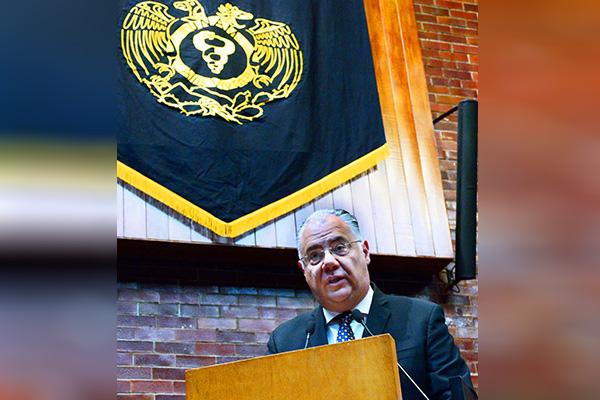 Designan a Germán Fajardo Dolci como director de la Facultad de Medicina de la UNAM