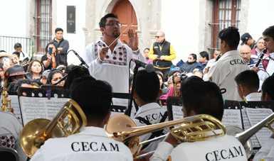 Bandas infantiles de Oaxaca llenan con su música el Complejo Cultural Los Pinos