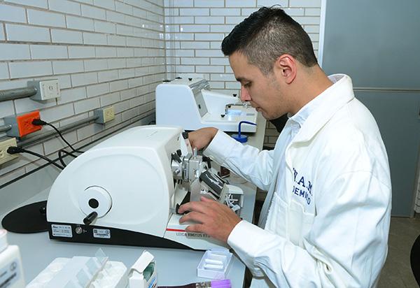 Trabaja la UNAM en detección temprana de cáncer