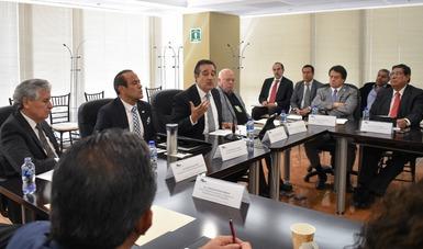 Empresarios y patrones deben facilitar procesos democráticos en centros de trabajo: Domínguez Marrufo