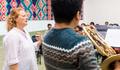 Maestros de la Brass Academy Alicante comparten conocimientos con instrumentistas de La Chávez