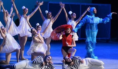 La Compañía Nacional de Danza reunió a tres generaciones con Cri-Cri en el Palacio de Bellas Artes