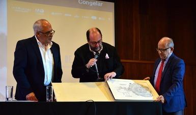 Presentan catálogo de la exposición La invención de la memoria. Fotografía y arqueología en México