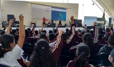 Celebra Alas y Raíces 25 años de impulsar la creatividad y la libre expresión de niñas, niños y adolescentes a través de las artes