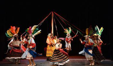 El Ballet Folklórico Cacaxtla fortalece la identidad cultural del estado de Tlaxcala