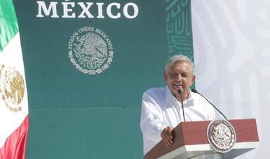 En Jiquilpan, presidente López Obrador pide integridad y honestidad a elementos de la Guardia Nacional
