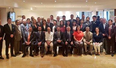 Llama Meyer Falcón a fortalecer combate a la corrupción en el sector agrario