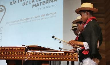 Músicos tradicionales enarbolan cultura chuj  en el Congreso de Chiapas