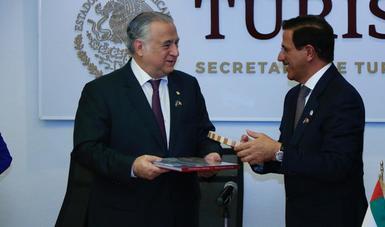 Se reúne Miguel Torruco con el Ministro de Economía de los Emiratos Árabes Unidos