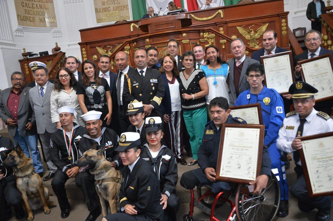 El Congreso de la Ciudad de México entrega la Medalla al Mérito en Protección Civil