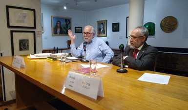 Héctor Perea compartió recuento de su trabajo literario y su vínculo con la obra de Alfonso Reyes