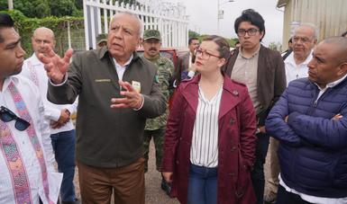Recorren comisionado del INM y diputados federales las estaciones migratorias de Palenque, El Ceibo, Tenosique y Villahermosa