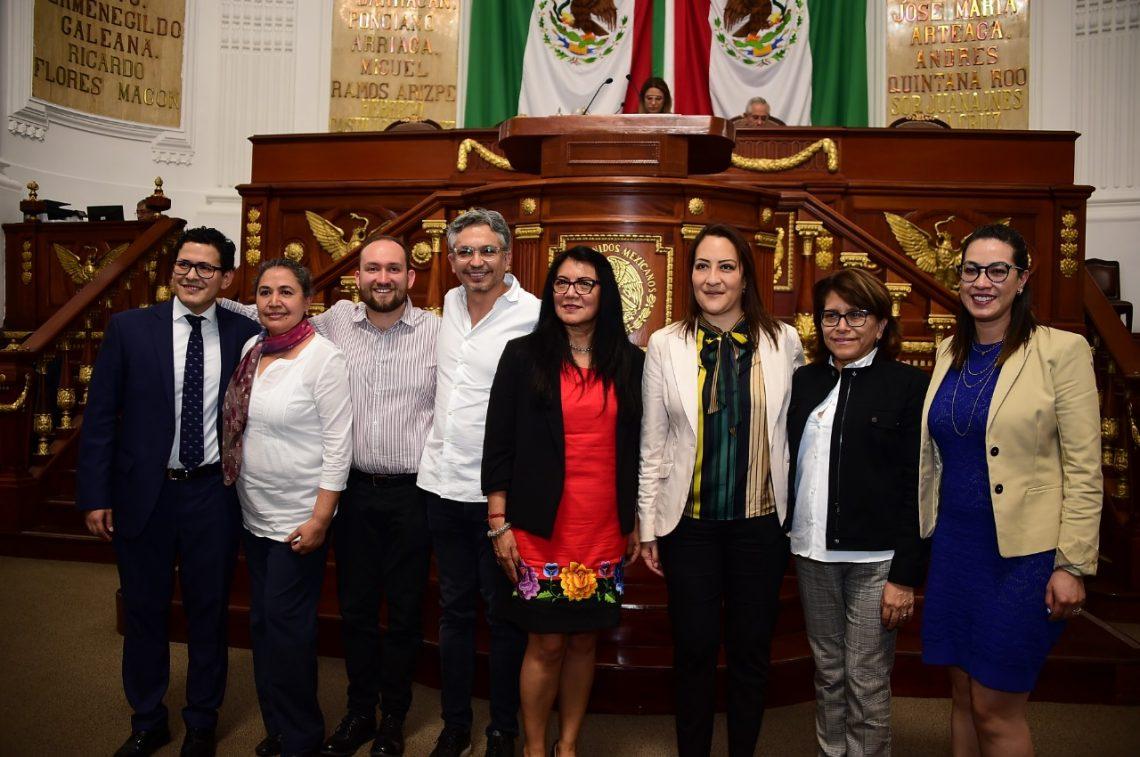 Rinden protesta en el Congreso de la Ciudad de México las tres personas consejeras honorarias de la Comisión de Derechos Humanos capitalina
