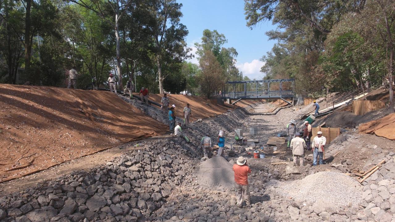 Supervisa Jefa de Gobierno obras de saneamiento y construcción del Parque Lineal Canal Nacional