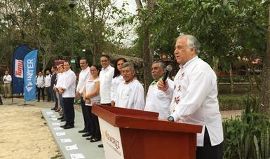 "Miguel Torruco encabezó el inicio de la Carrera de la Ruta del ""Pescado de Moctezuma"""