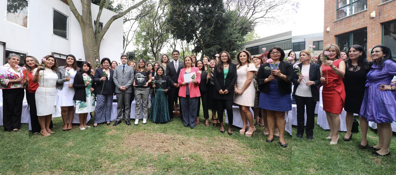 La embajada de Qatar en México reconoce labor de mujeres destacadas