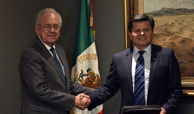 Felicita NASA a  México por el exitoso proyecto AztechSat-1