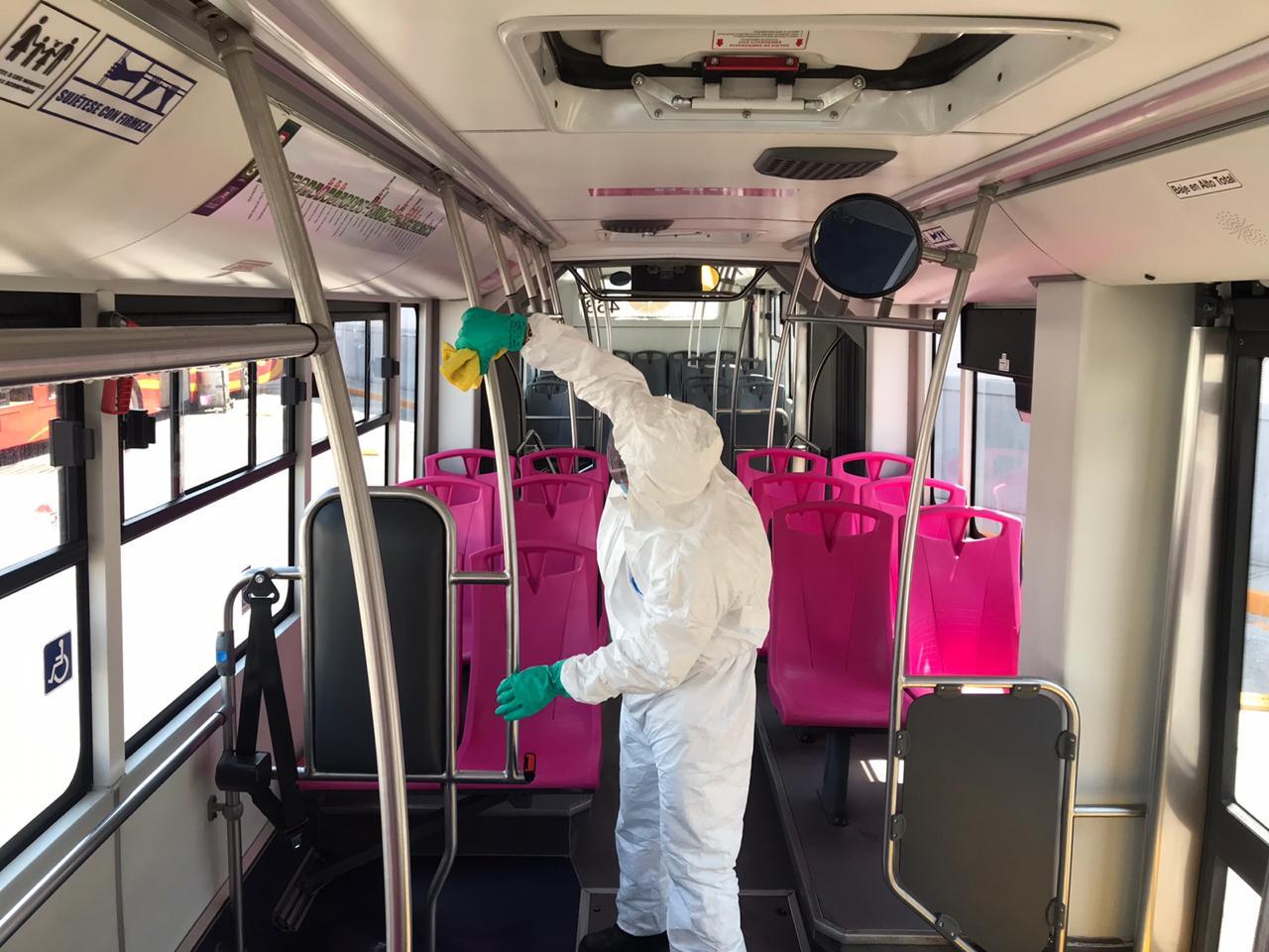 El Metrobús implementa medidas preventivas de higiene para los usuarios de este sistema de modalidad
