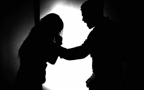 Confinamiento por la COVID-19 agrava desigualdad y violencia contra mujeres
