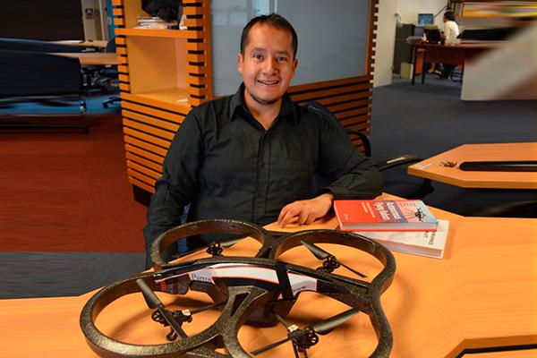 Premio IMPI a brazo robótico volador desarrollado en la Facultad de Ingeniería