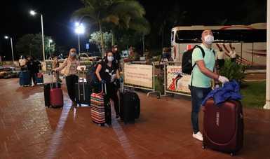 El Gobierno de México realiza puente humanitario para que 73 personas regresen a sus lugares de residencia