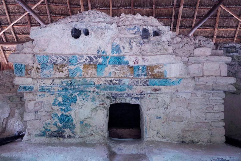 Resplandece la pintura mural del Caribe mexicano  mediante la conservación