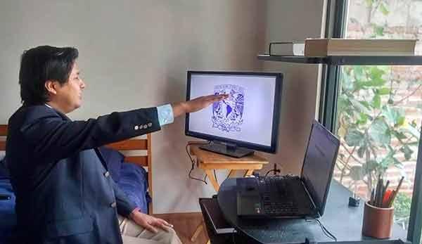 Primera titulación a distancia de doctorado en la UNAM