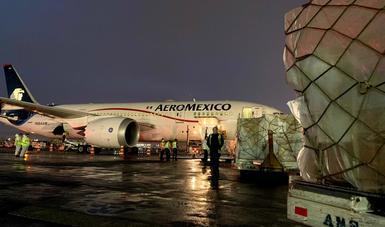 85 ventiladores llegan a México en vuelo número 17 para combate a COVID-19