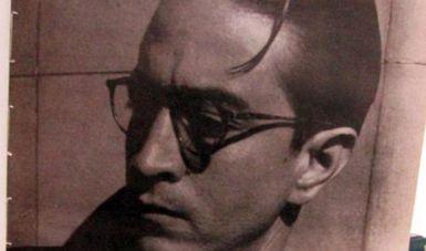 Efraín Huerta, poeta de versos tiernos, combativos, optimistas e irónicos