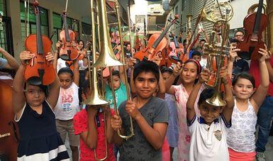 Niñas, niños y adolescentes de Tierra Caliente fortalecen sus rasgos identitarios a través de la música tradicional y sinfónica