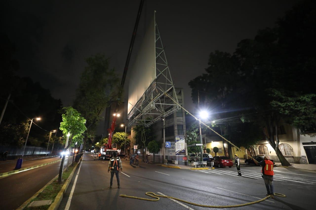 Retira AMH anuncio espectacular en San Miguel Chapultepec