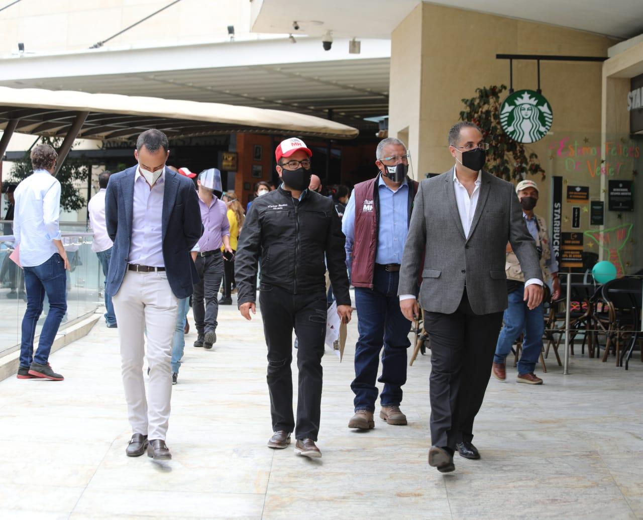 Supervisa alcalde Romo reapertura de plazas y centros comerciales
