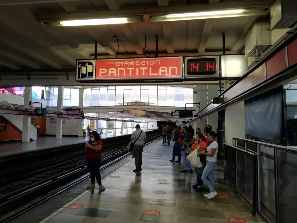 Historias en el metro - Reloj no marques las horas