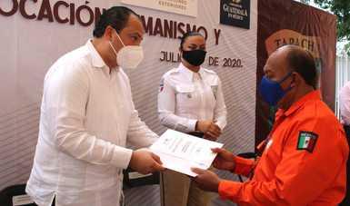 Reciben Grupos Beta del INM reconocimiento de la embajada de Guatemala en México