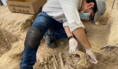 Recupera INAH entierro humano prehispánico completo en el área cultural del Suroeste de Tamaulipas