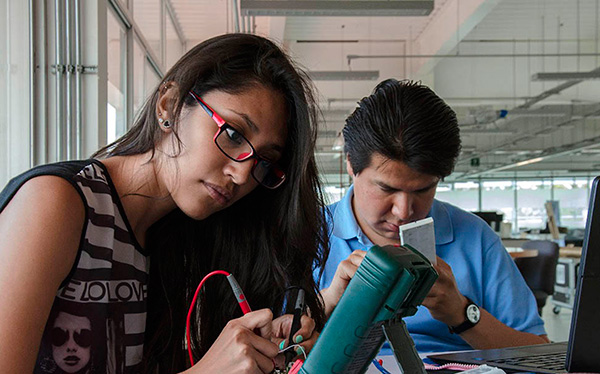 Acuerdan UNAM y AEM impulsar proyectos espaciales y satelitales