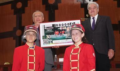 Conmemora Lotería Nacional a Grupos Beta del INM por su 30 aniversario