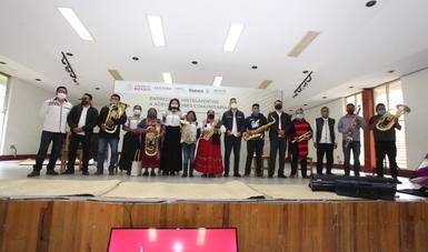"""Se realiza la tercera entrega de instrumentos a bandas de Oaxaca como parte del programa """"Pueblo de Nubes"""""""