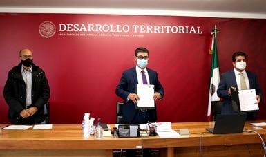 Firman Sedatu y Concanaco convenio para garantizar acceso a materiales de construcción a beneficiarios de subsidios para vivienda
