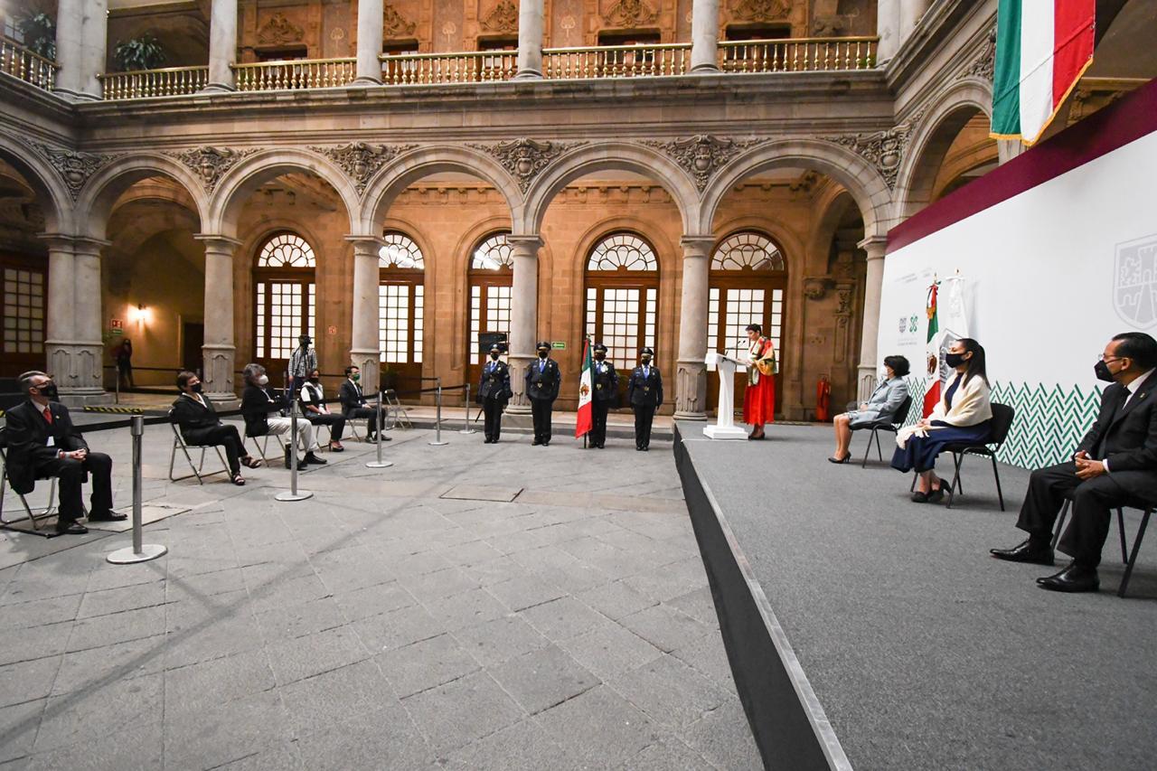 Encabeza Jefa de Gobierno ceremonia del 210 aniversario del inicio de la Independencia de México