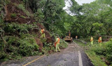 Continúa SCT en estado de alerta por las fuertes lluvias