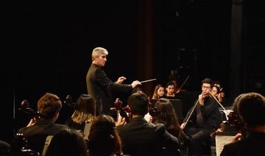 La Orquesta Sinfónica de la Escuela Superior de Música y Danza de Monterrey interpreta la Sinfonía 8 de Dvorak