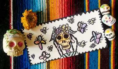 Integrantes del Semillero creativo de Michoacán intercambian postales sobre el Día de los Muertos con niñas y niños en Francia