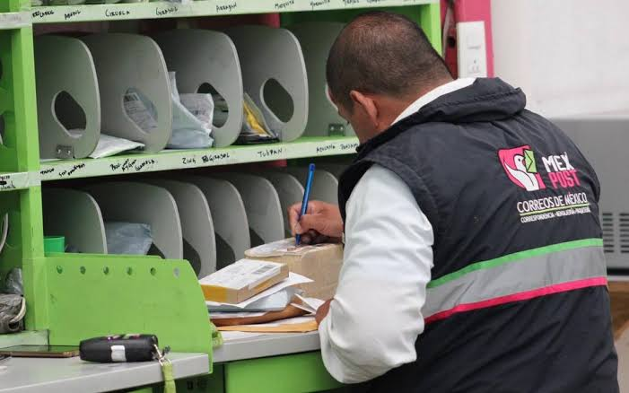 El correo en México, renovarse o morir