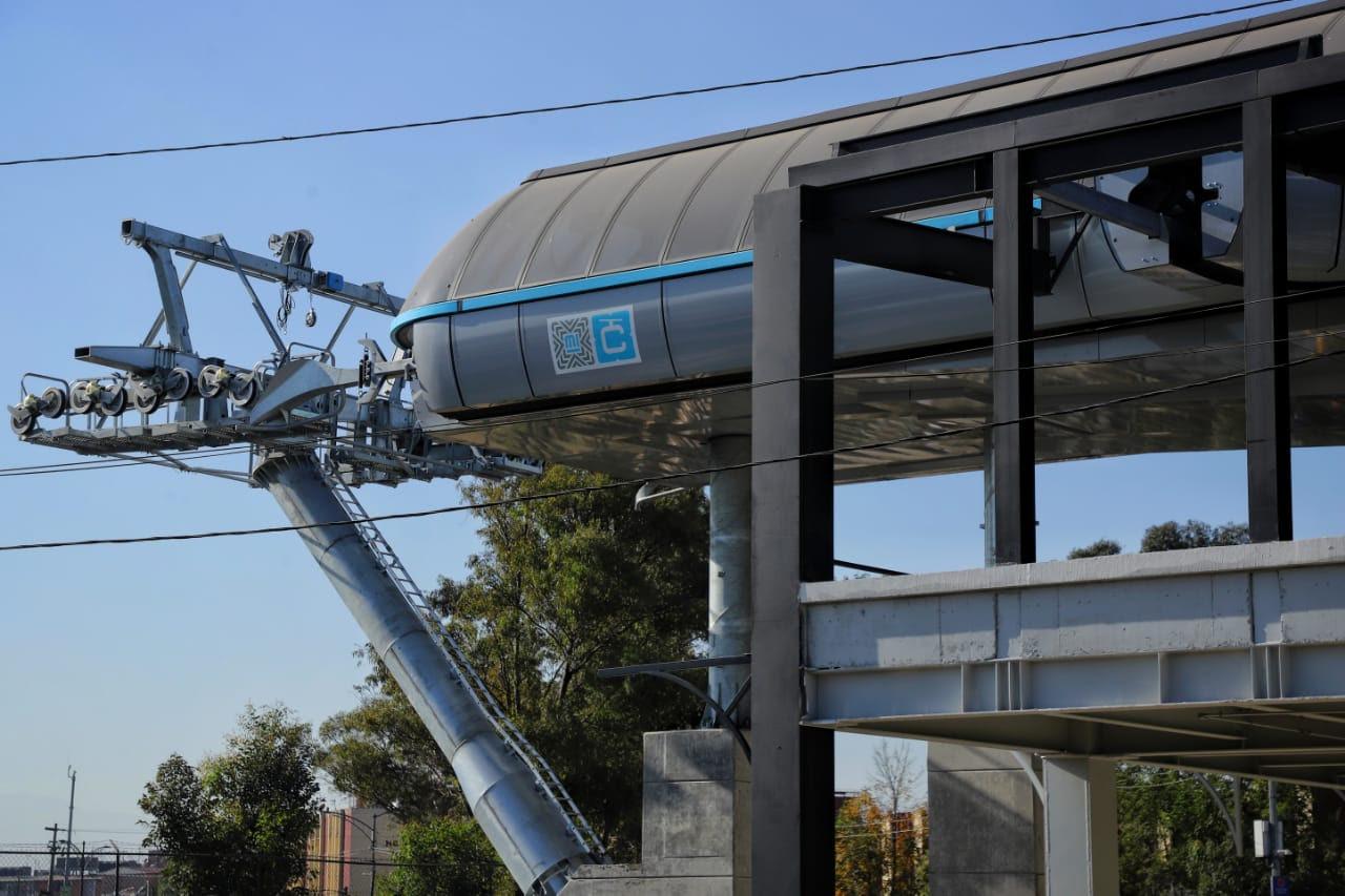 Inicia Gobierno Capitalino proceso de tendido de hilo guía con dron industrial para Línea 2 de Cablebús