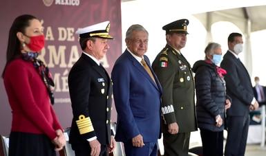 Presidente encabeza conmemoración por el Día de la Armada de México